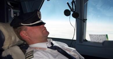 Piloto se queda dormido y se pasa de su destino