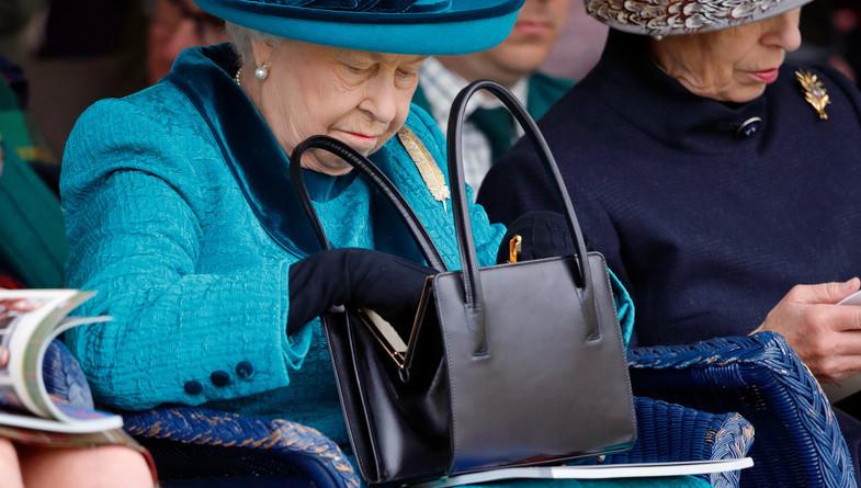 Reina Isabel 3
