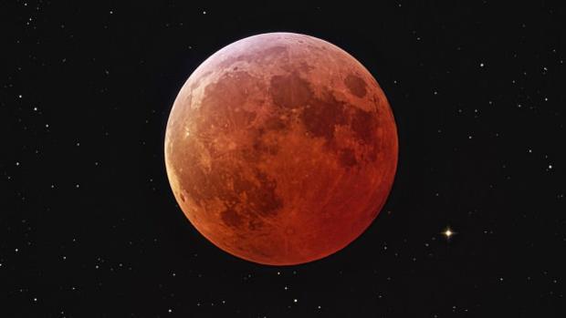 ¿Por qué hoy habrá una «Luna rosa» en el cielo?