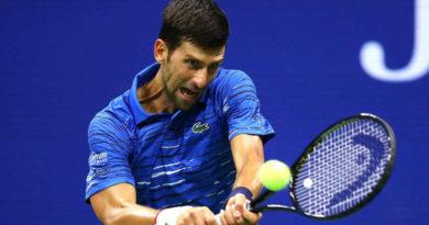 Djokovic da positivo por coronavirus y recibe duras críticas por menospreciar la pandemia